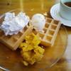 cafe Yummy Waffle